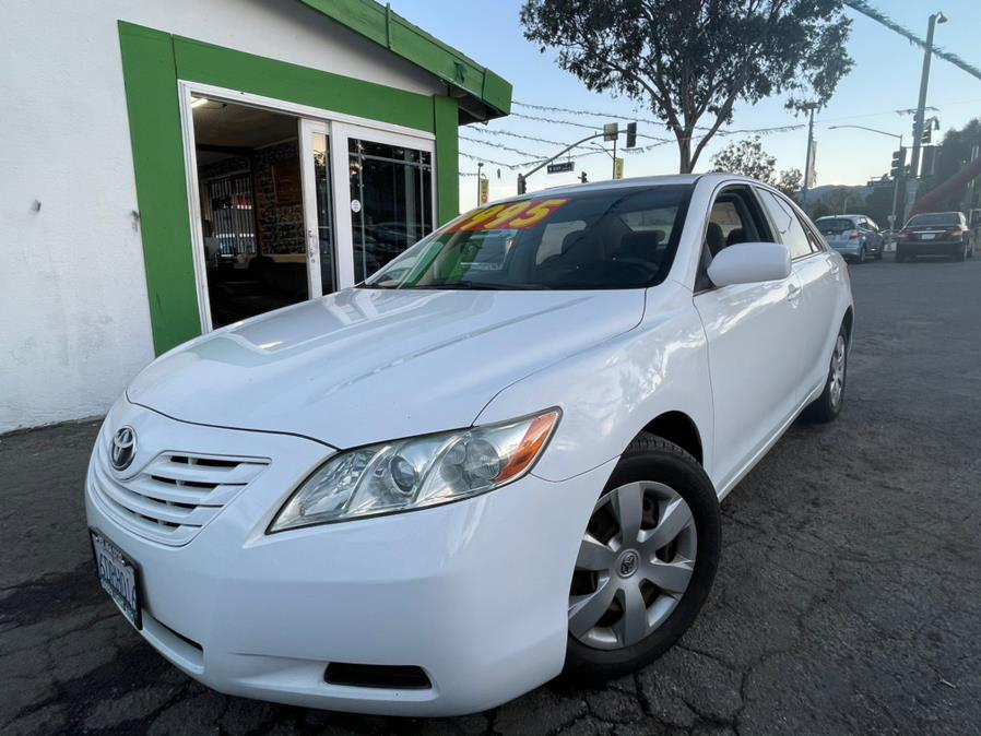 Used 2009 Toyota Camry in Corona, California | Green Light Auto. Corona, California