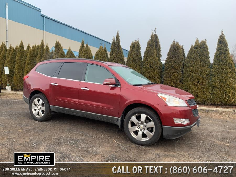 Used Chevrolet Traverse AWD 4dr LT w/1LT 2010 | Empire Auto Wholesalers. S.Windsor, Connecticut