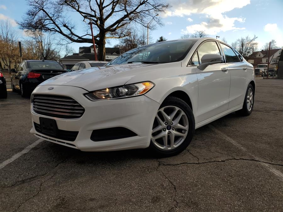 Used 2015 Ford Fusion in Springfield, Massachusetts | Absolute Motors Inc. Springfield, Massachusetts