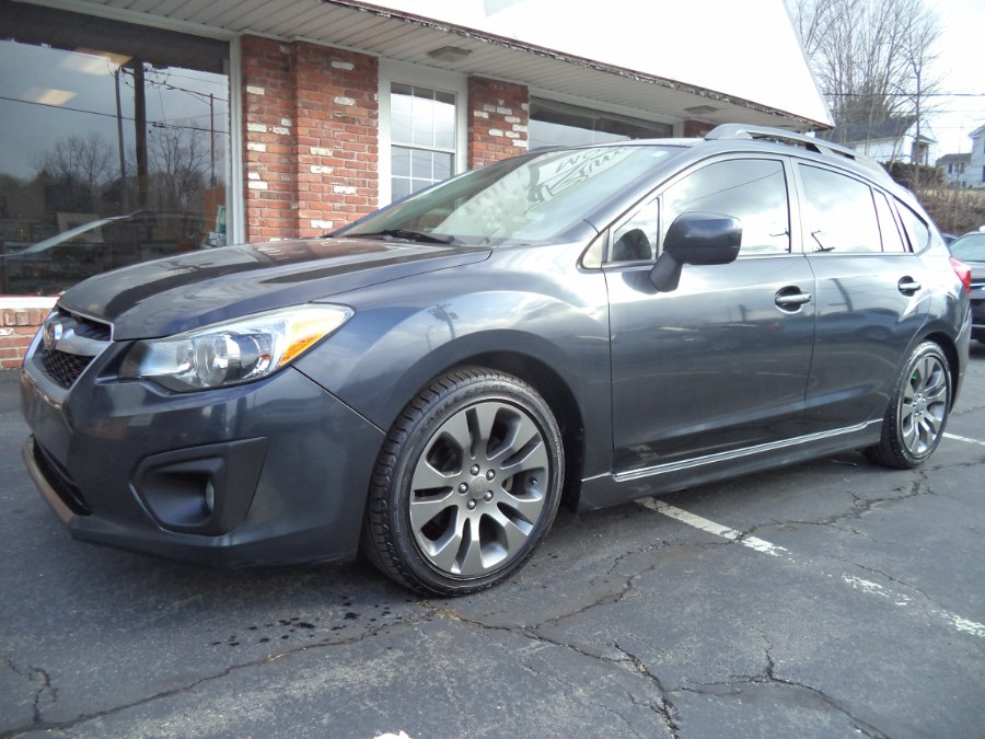 Used 2014 Subaru Impreza Wagon in Naugatuck, Connecticut | Riverside Motorcars, LLC. Naugatuck, Connecticut