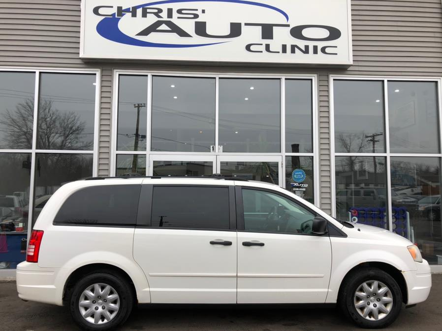 Used 2008 Chrysler Town & Country in Plainville, Connecticut | Chris's Auto Clinic. Plainville, Connecticut