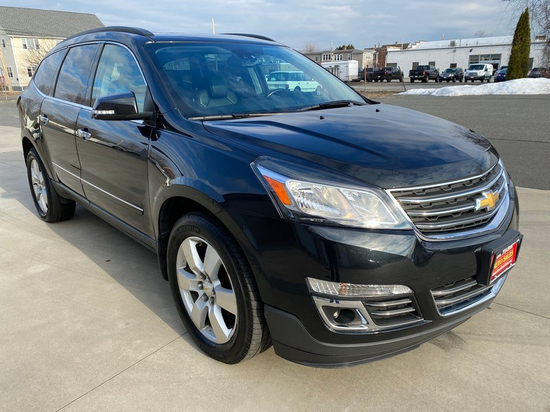 Used Chevrolet Traverse AWD 4dr LTZ 2014 | Union Street Auto Sales. West Springfield, Massachusetts