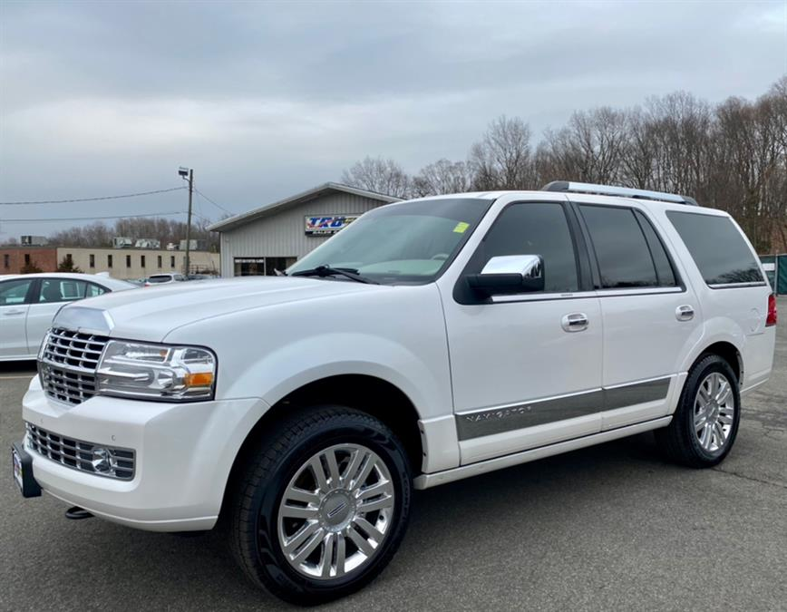Used 2013 Lincoln Navigator in Berlin, Connecticut | Tru Auto Mall. Berlin, Connecticut