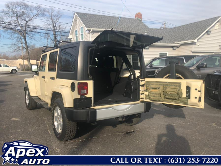 Used 2011 Jeep Wrangler Unlimited in Selden, New York | Apex Auto. Selden, New York