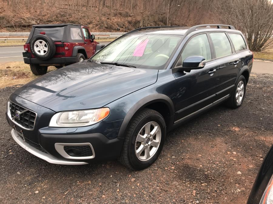 Used 2008 Volvo XC70 in Berlin, Connecticut | Auto Drive Sales And Service. Berlin, Connecticut