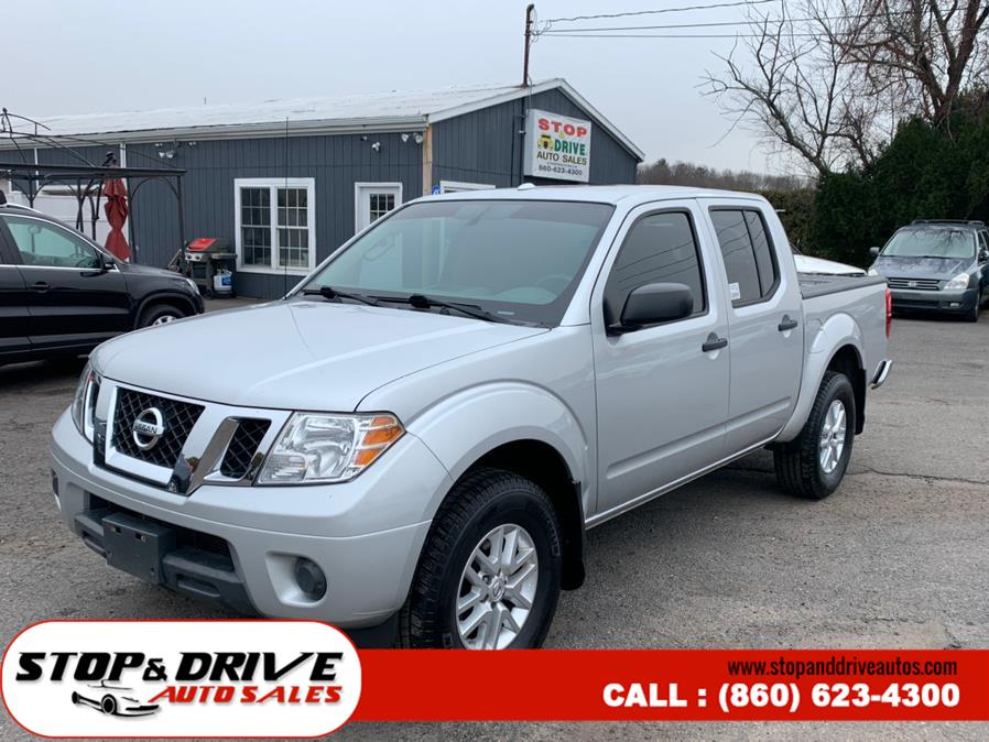 Used Nissan Frontier 4WD Crew Cab SWB Manual S 2015 | Stop & Drive Auto Sales. East Windsor, Connecticut