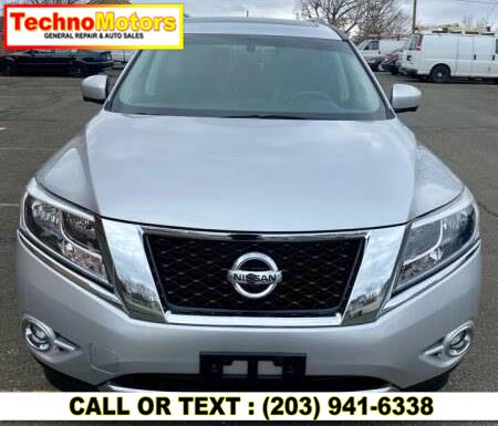 Used 2014 Nissan Pathfinder in Danbury , Connecticut | Techno Motors . Danbury , Connecticut