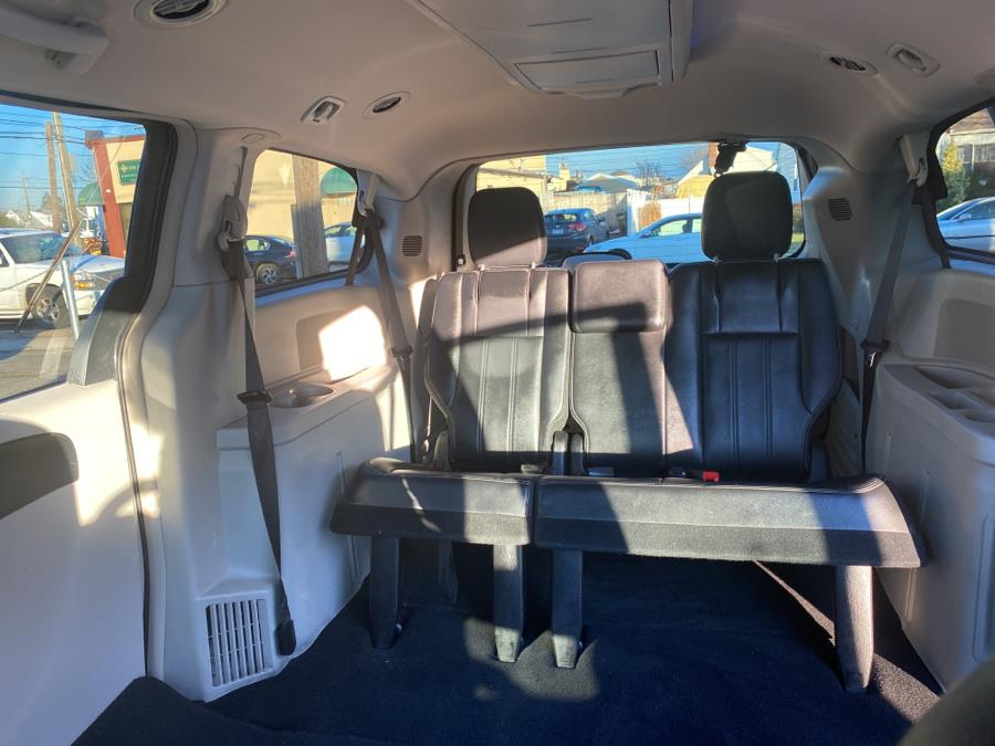Used Chrysler Town & Country 4dr Wgn Touring 2012 | Diamond Cars R Us Inc. Franklin Square, New York
