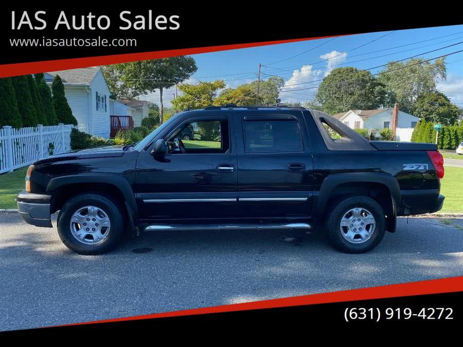 Used 2004 Chevrolet Avalanche in Deer Park, New York | www.ListingAllAutos.com. Deer Park, New York