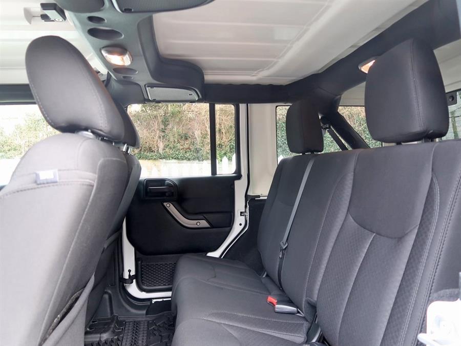 Used Jeep Wrangler Jk  2018   Auto Expo Ent Inc.. Great Neck, New York