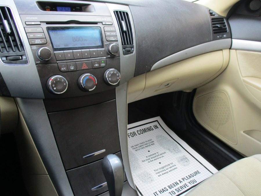 Used Hyundai Sonata Sonata 2009   Cos Central Auto. Meriden, Connecticut