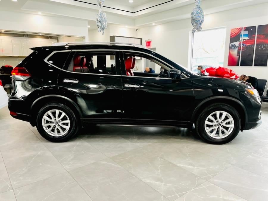 Used Nissan Rogue FWD SV 2018 | Luxury Motor Club. Franklin Square, New York