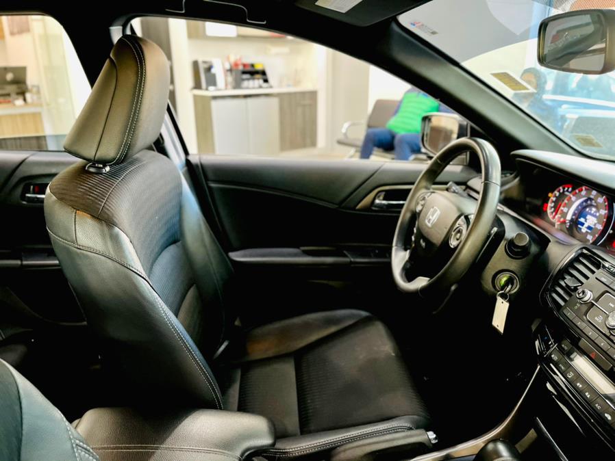 Used Honda Accord Sedan Sport CVT 2017   Luxury Motor Club. Franklin Square, New York