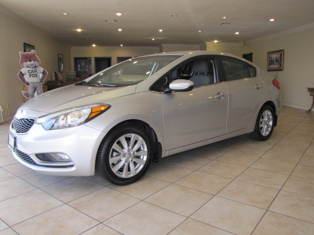 Used 2014 Kia Forte in Placentia, California | Auto Network Group Inc. Placentia, California