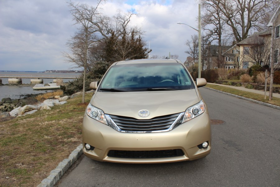 Used 2014 Toyota Sienna in Great Neck, New York