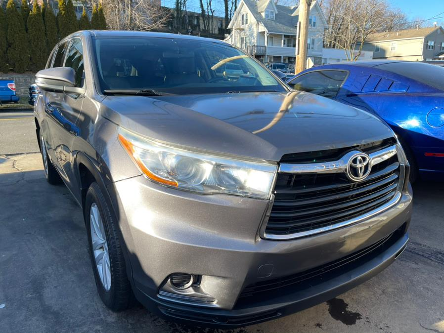 Used Toyota Highlander AWD 4dr V6 LE (Natl) 2015 | JC Lopez Auto Sales Corp. Port Chester, New York