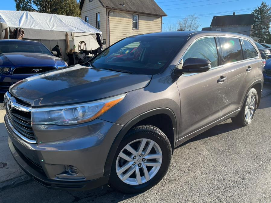 Used 2015 Toyota Highlander in Port Chester, New York | JC Lopez Auto Sales Corp. Port Chester, New York