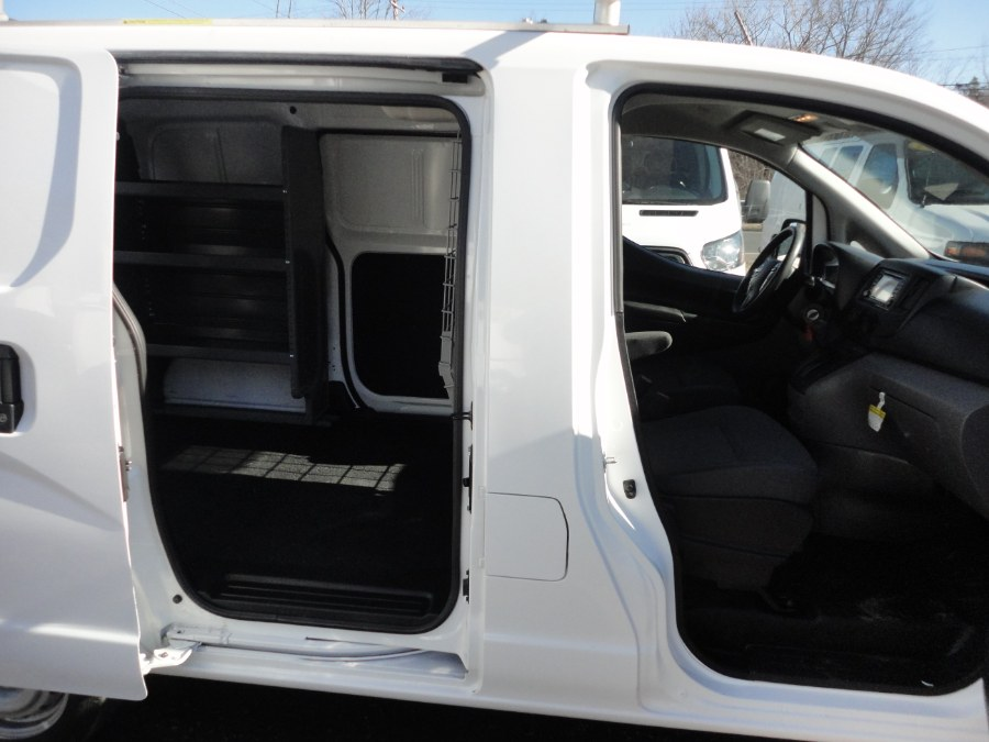Used Nissan cargo NV200 Compact Cargo I4 S 2018 | International Motorcars llc. Berlin, Connecticut