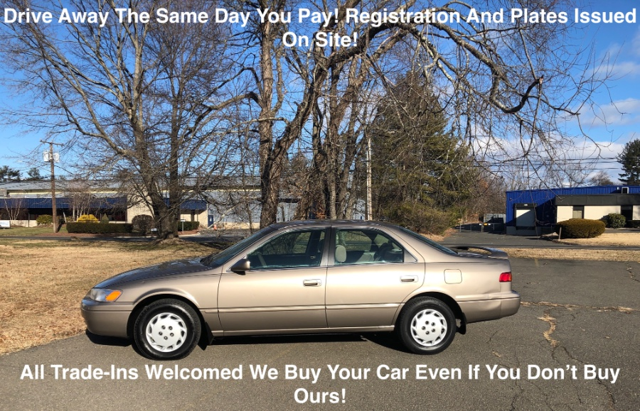 Used 1999 Toyota Camry in Plainville, Connecticut | Farmington Auto Park LLC. Plainville, Connecticut