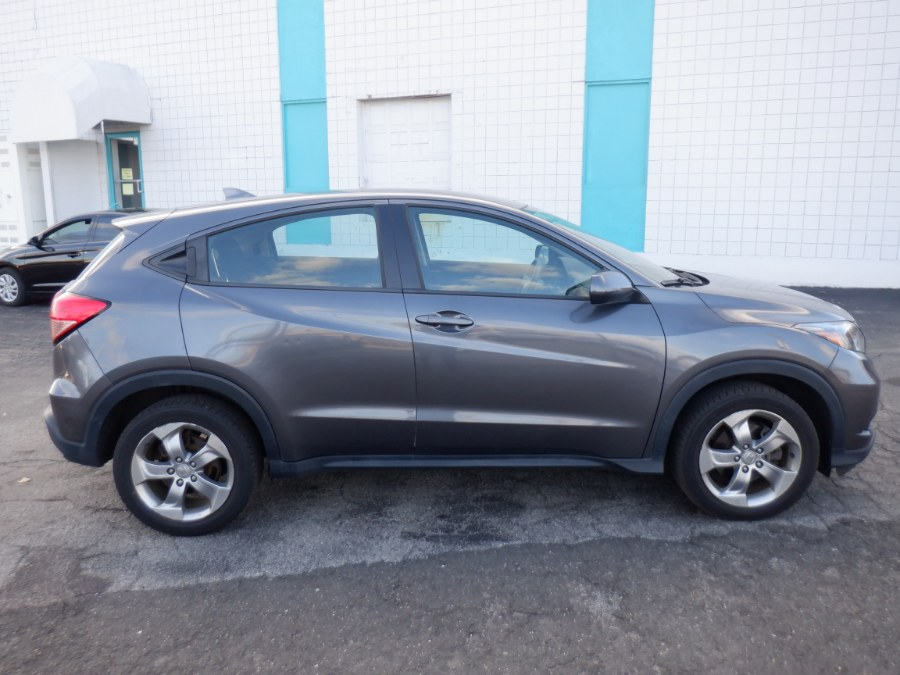Used Honda HR-V AWD 4dr CVT LX 2016 | Dealertown Auto Wholesalers. Milford, Connecticut