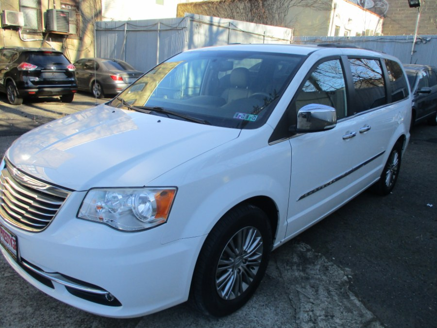 Used Chrysler Town & Country 4dr Wgn Touring-L 2014 | Prestige Motor Sales Inc. Brooklyn, New York