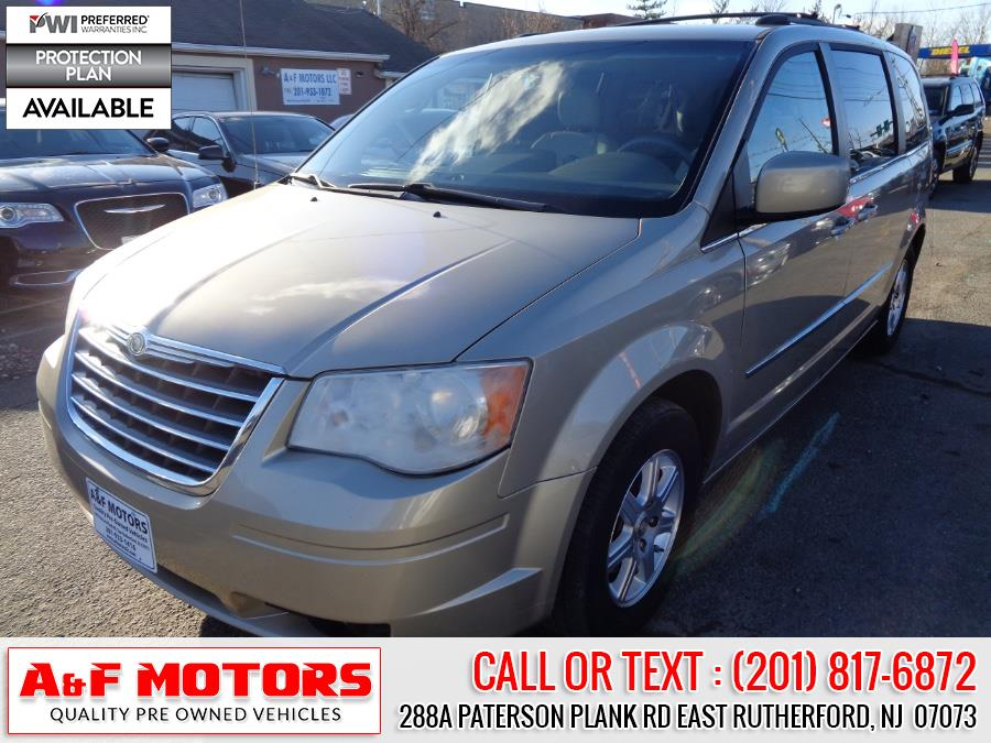 Used 2009 Chrysler Town & Country in East Rutherford, New Jersey | A&F Motors LLC. East Rutherford, New Jersey