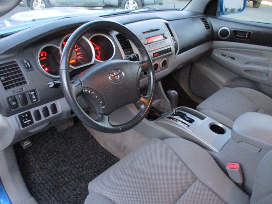 "Used Toyota Tacoma Double 128"" Auto 4WD (SE) 2005   Suffield Auto Sales. Suffield, Connecticut"