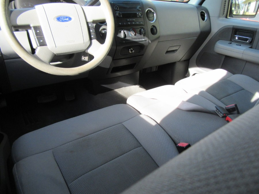 """Used Ford F-150 SuperCrew 139"""" XLT 4WD 2005 