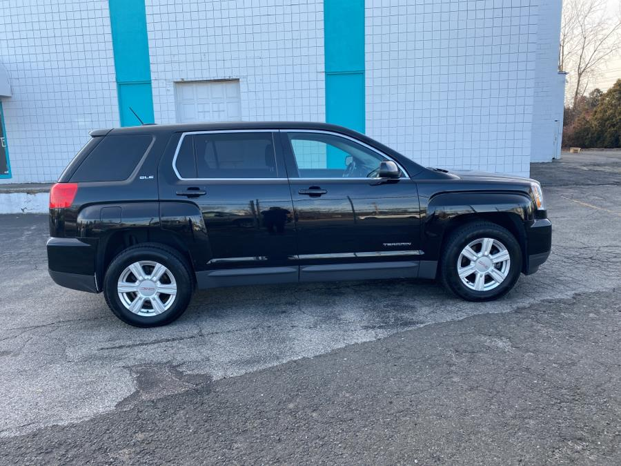 Used GMC Terrain AWD 4dr SLE w/SLE-1 2016 | Dealertown Auto Wholesalers. Milford, Connecticut