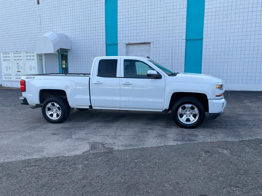 Used 2017 Chevrolet Silverado 1500 in Milford, Connecticut | Dealertown Auto Wholesalers. Milford, Connecticut