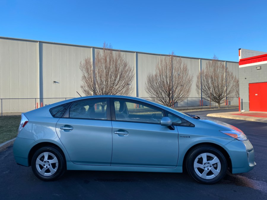 Used Toyota Prius 5dr HB Five (Natl) 2014 | A-Tech. Medford, Massachusetts