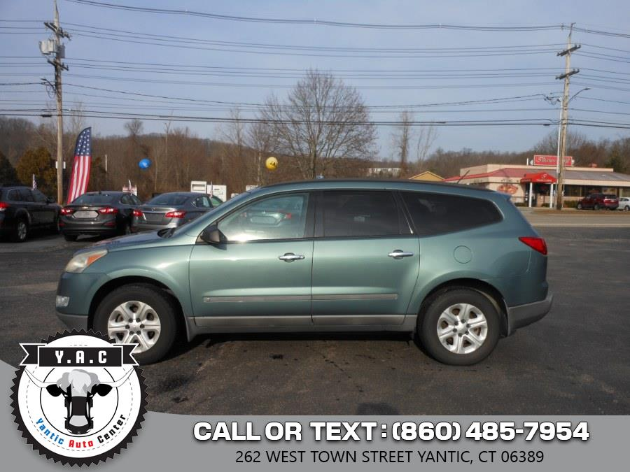 Used Chevrolet Traverse AWD 4dr LS 2009 | Yantic Auto Center. Yantic, Connecticut
