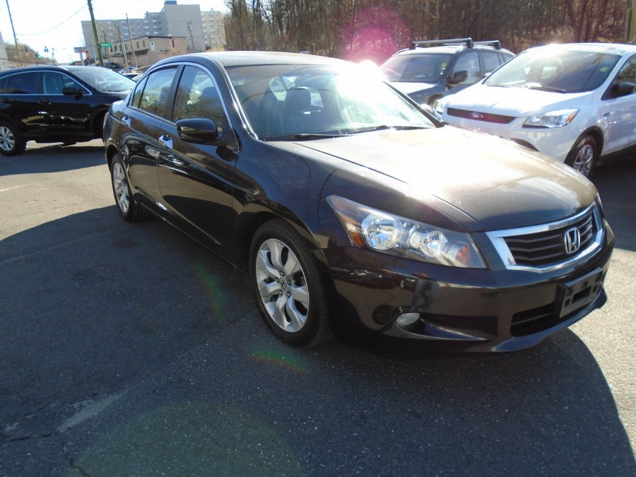 Used 2010 Honda Accord Sdn in Waterbury, Connecticut | Jim Juliani Motors. Waterbury, Connecticut