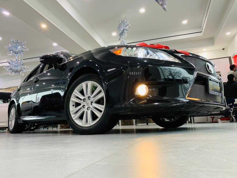 Used Lexus ES 350 4dr Sdn 2015 | C Rich Cars. Franklin Square, New York