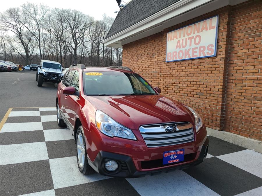 Used 2014 Subaru Outback in Waterbury, Connecticut | National Auto Brokers, Inc.. Waterbury, Connecticut