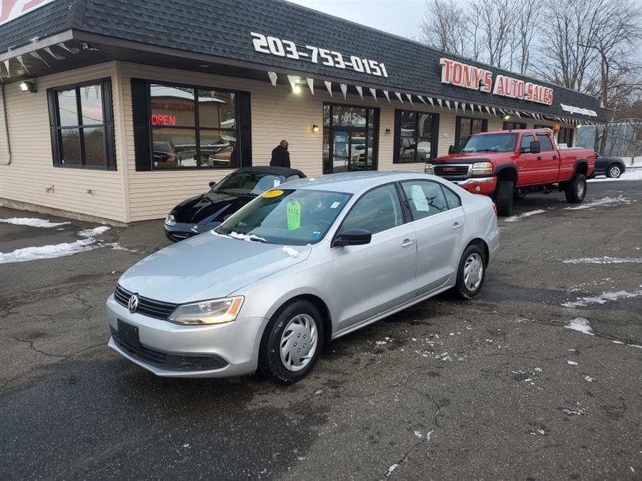 Used Volkswagen Jetta Sedan 4dr Auto Base 2013 | Tony's Auto Sales. Waterbury, Connecticut