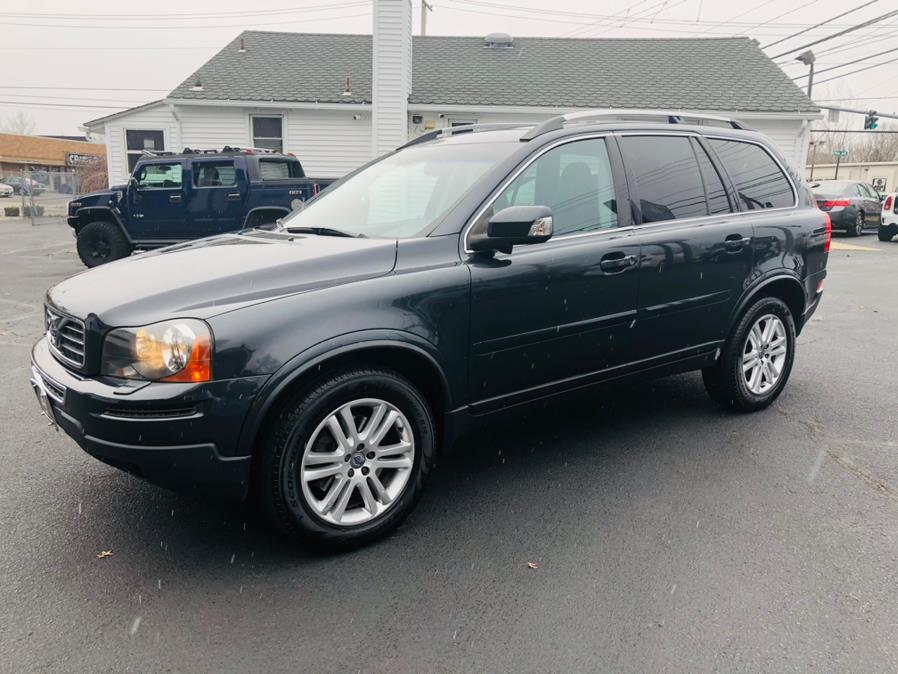 Used 2011 Volvo XC90 in Milford, Connecticut | Chip's Auto Sales Inc. Milford, Connecticut