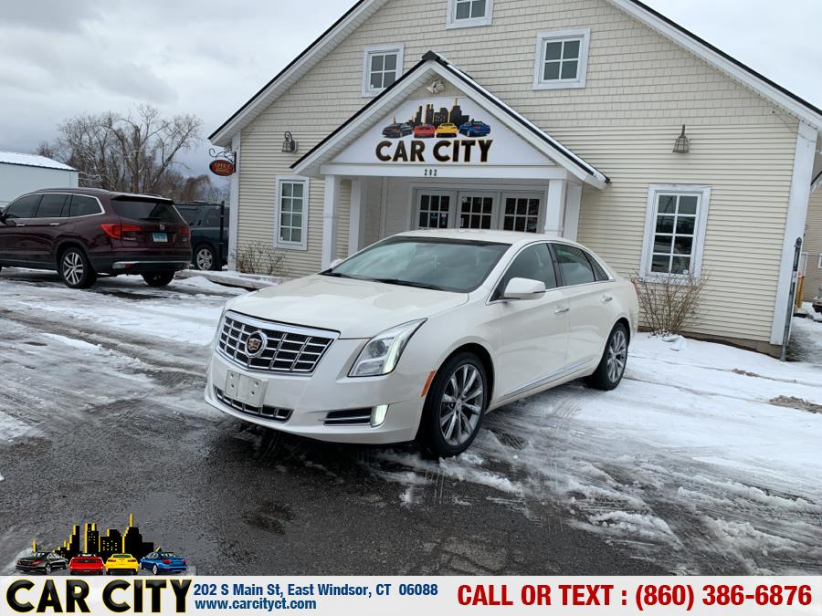 Used Cadillac XTS 4dr Sdn Luxury FWD 2013 | Car City LLC. East Windsor, Connecticut