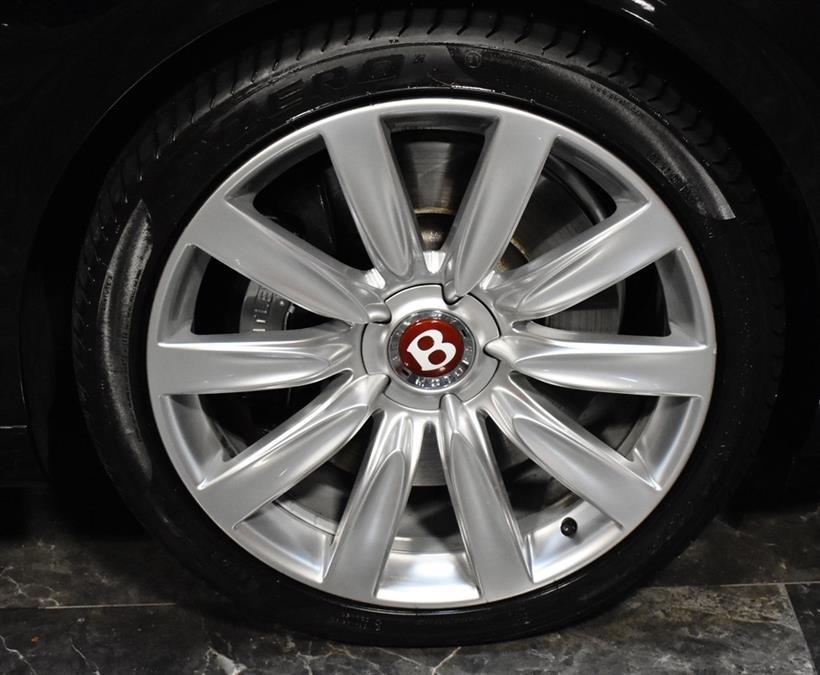 Used Bentley Flying Spur V8 2017 | Select Motor Cars. Deer Park, New York