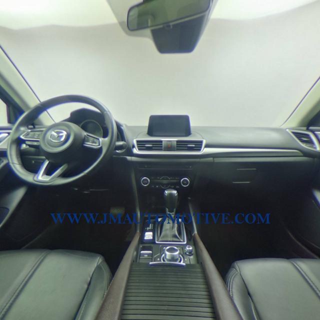 Used Mazda Mazda3 4-door Touring Auto 2018   J&M Automotive Sls&Svc LLC. Naugatuck, Connecticut