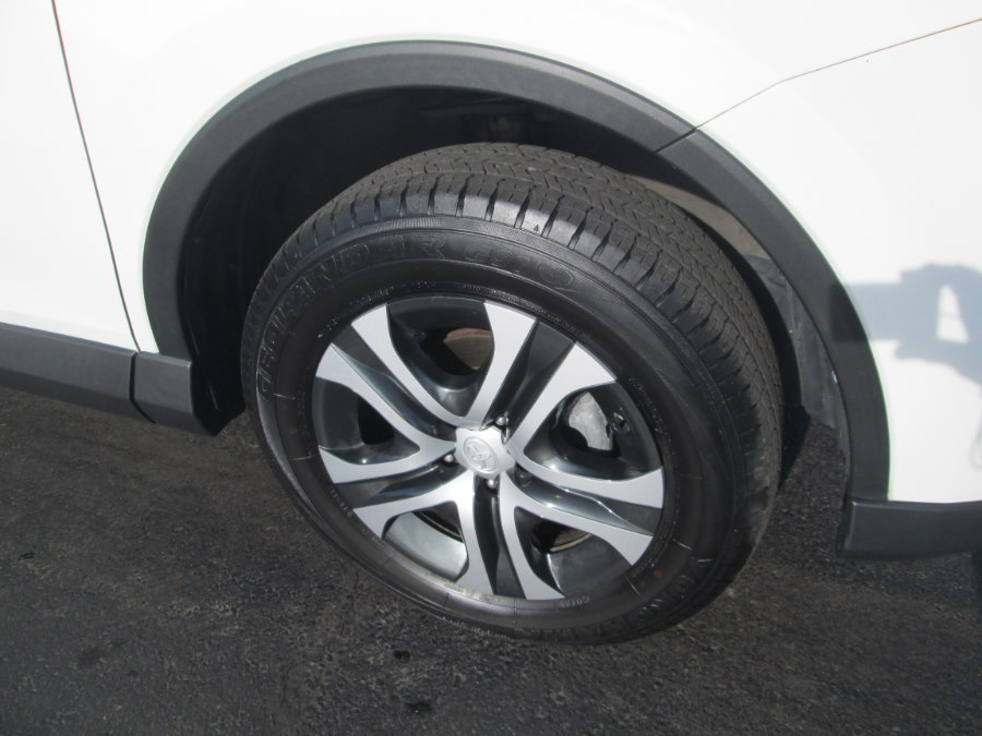 Used Toyota RAV4 LE AWD (Natl) 2018 | Levittown Auto. Levittown, Pennsylvania