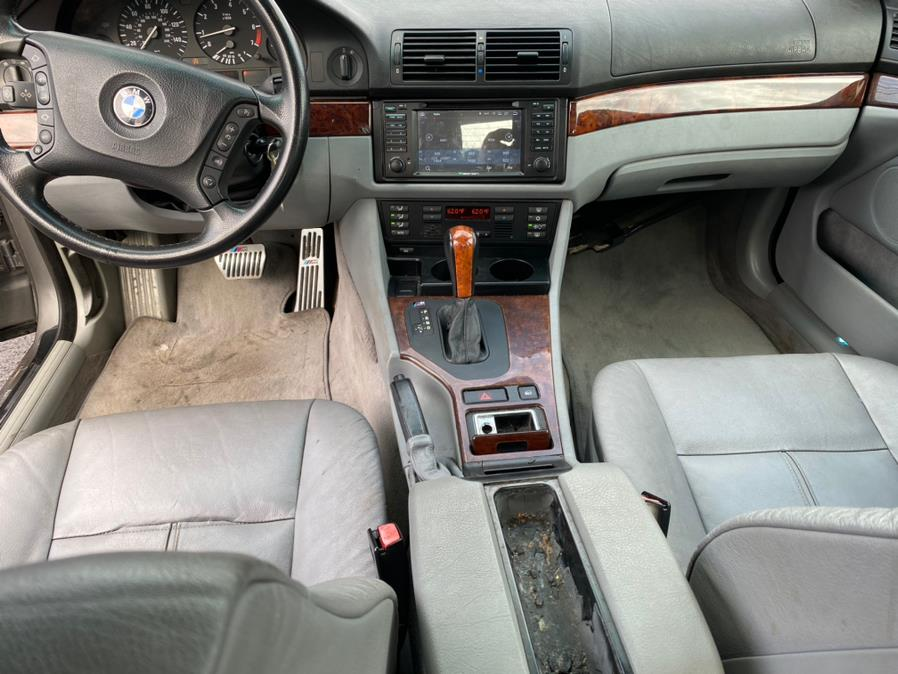Used BMW 5 Series 525iA 4dr Sdn 5-Spd Auto 2003 | Harbor View Auto Sales LLC. Stamford, Connecticut