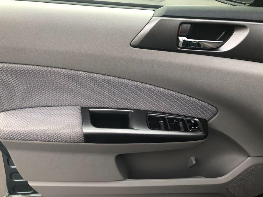 Used Subaru Forester 4dr Auto 2.5X Premium 2012 | Bristol Auto Center LLC. Bristol, Connecticut