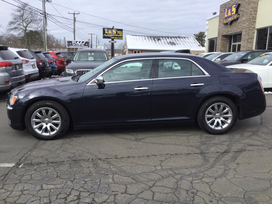Used Chrysler 300 4dr Sdn V6 Limited RWD 2012 | L&S Automotive LLC. Plantsville, Connecticut