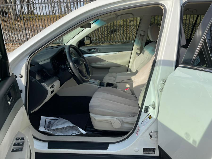 Used Subaru Outback 4dr Wgn H4 Auto 2.5i 2013 | Daytona Auto Sales. Little Ferry, New Jersey