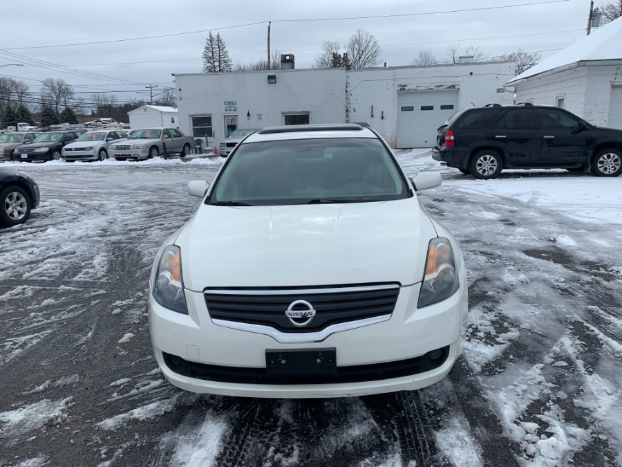 Used 2008 Nissan Altima in East Windsor, Connecticut | CT Car Co LLC. East Windsor, Connecticut