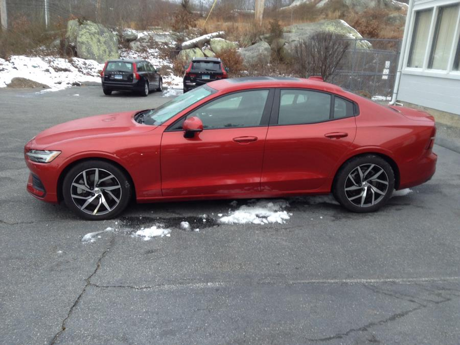 Used Volvo S60 T6 AWD Momentum 2019 | Eurocars Plus. Groton, Connecticut