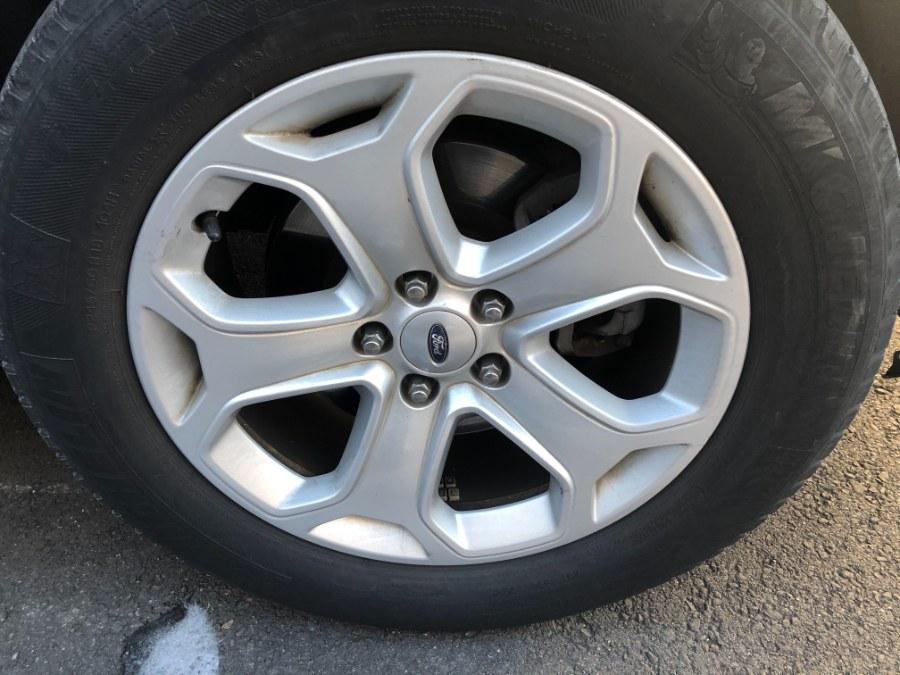 Used Ford Edge 4dr SEL AWD 2012 | Bristol Auto Center LLC. Bristol, Connecticut