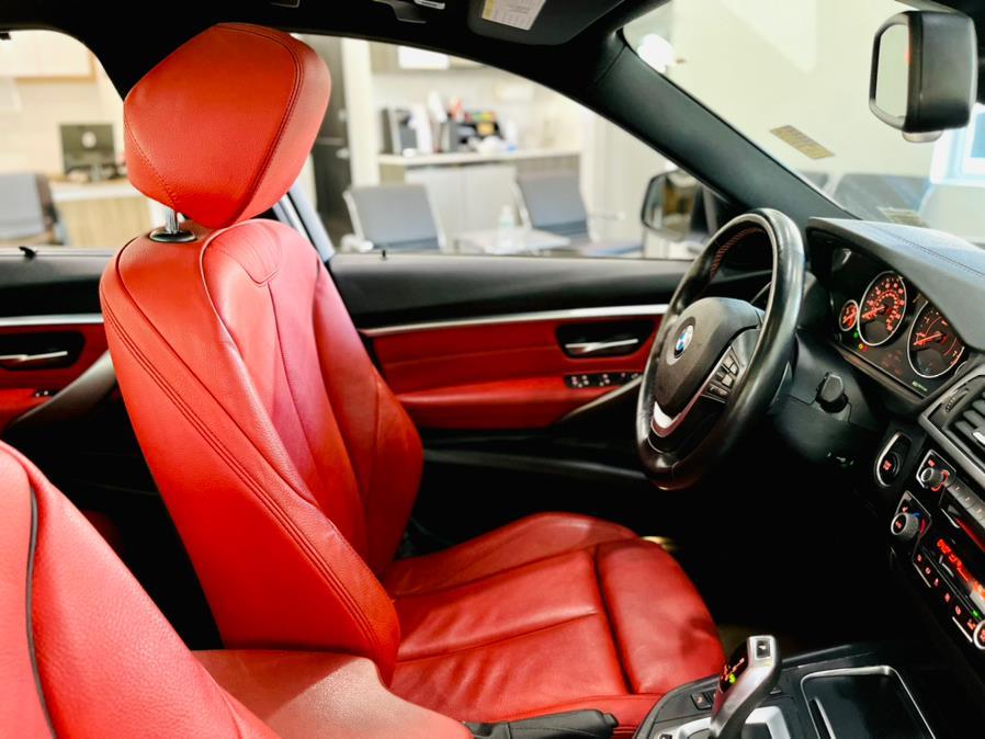 Used BMW 3 Series 330e iPerformance Plug-In Hybrid 2018 | Luxury Motor Club. Franklin Square, New York