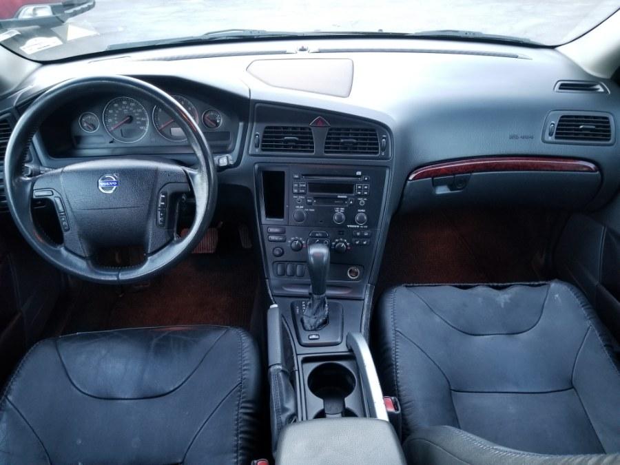 Used Volvo V70 XC70 2.5L Turbo AWD w/Sunroof 2004 | ODA Auto Precision LLC. Auburn, New Hampshire
